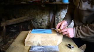 How To Sharpen A Hook Knife With Robin Wood