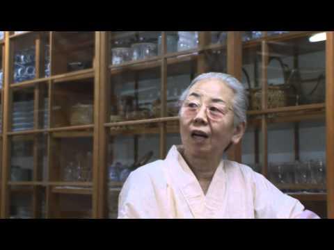 012 定食屋「井上」のお母さん