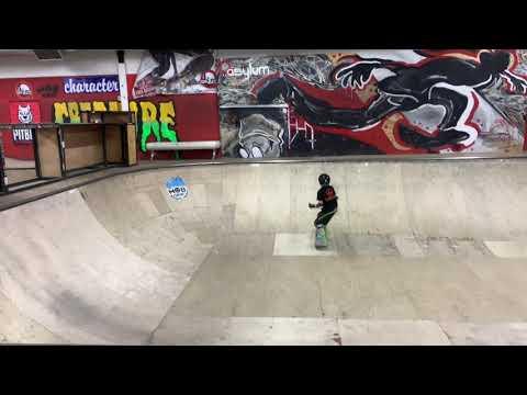 JoJo skating Asylum Skatepark