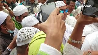 Rizieq Shihab Hadiri Pemakaman Mbah Moen di Makkah