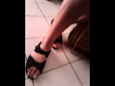 Uomo sandali d acciaio