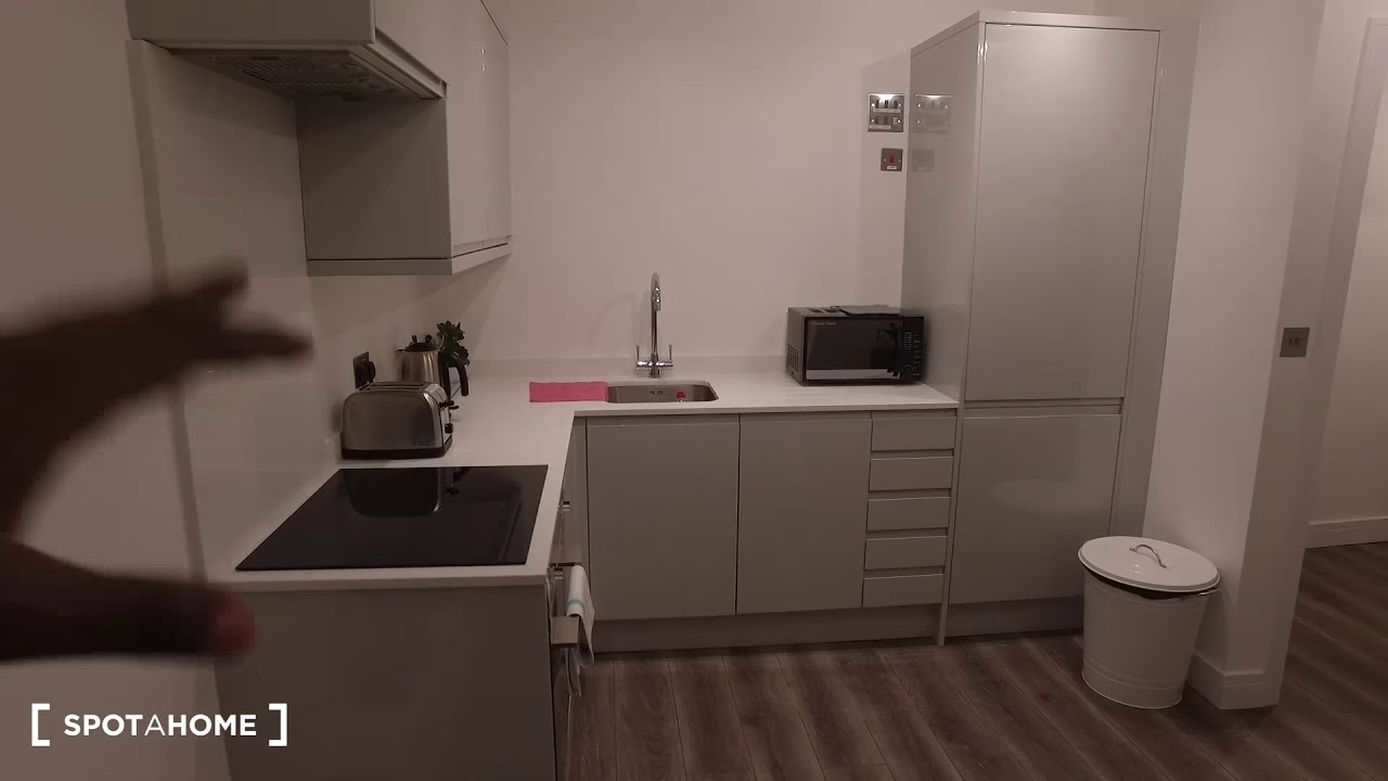 Modern 2-bedroom apartment to rent in Notting Hill, Travelcard Zones 1 and 2