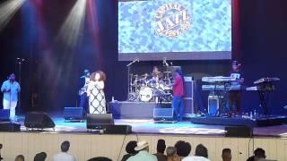 """Lil John Roberts and Chantae Cann performing """"Da Da'n Da"""""""