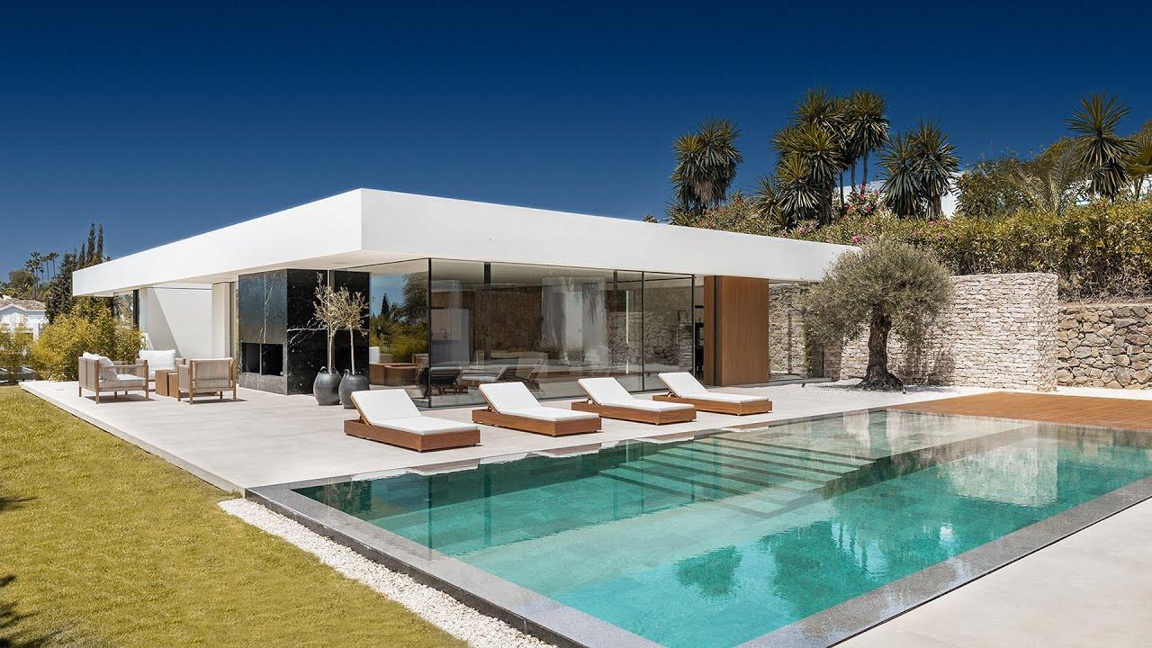 Ultra-Modern High-End Ibiza-Style Villa in La Cerquilla, Nueva Andalucía