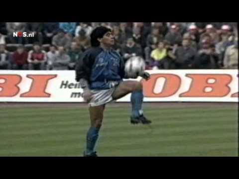 30 years ago today, a certain Diego Maradona was warming up before Bayern-Napoli..