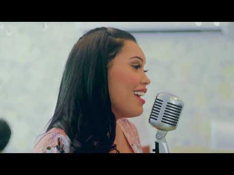 Esos Ojos Negros (cover) Ana Del Castillo