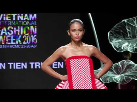 Hoang Minh Ha - Nguyen Tien Truyen - Ly Giam Tien Showcase Vietnam International Fashion Week 2016