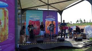 """Video Sousedi - píseň """"OLIN"""" - festival KOMPOT 2018"""