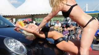 preview picture of video 'Cabriotreffen & Sportwagentreffen 2013 - Sexy Carwash in Kleinhaugsdorf/Excalibur City'