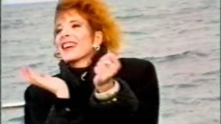 Mylène Farmer Maman a tort Bleu Nuit RTL TV 27 décembre 1986