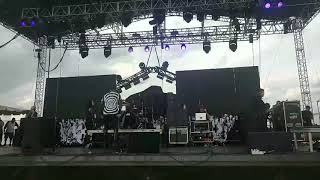Motionless In White   (New Song) Disguise Live EDBD2K19
