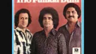Trio Parada Dura   Blusa Vermelha