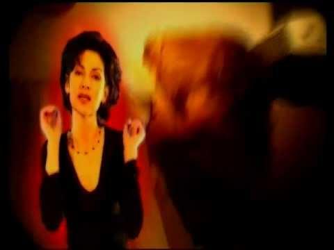 Beáta Dubasová - Cháp ma (Oficiálny videoklip)