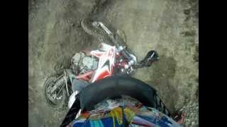 preview picture of video 'Motocavalcata del Prugnolo - le mie cadute - my crash.'