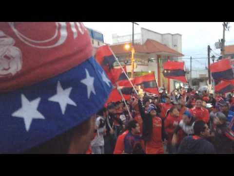 """""""La Banda del Tibu Peñalba"""" Barra: Guardia Roja • Club: Tiburones Rojos de Veracruz"""