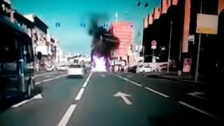 Смертельное ДТП в Москве.Мотоцикл протаранил  грузовик .Кадры с видеорегистратора