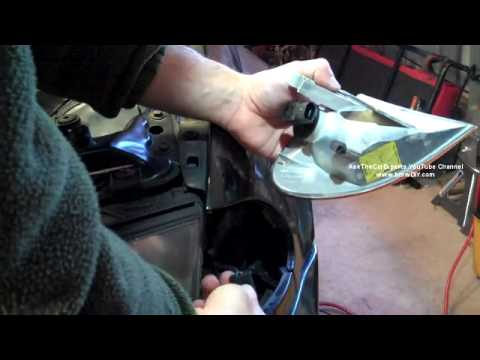Blinker Bulb Flashes Fast, BMW 3 Series E46 Blinker Bulb Replacment and Diagnosis