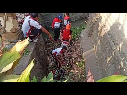 Sekcam-dan-Kades-Canggu-Pimpin-Gertak-Badung-Bersih-di-Loloan-Yeh-Pangi.html