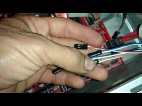 Conectar terminales de leds y botones encendido y reset en nuestra torre pc
