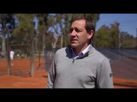 Garro y Mariano Zabaleta supervisaron la vuelta del tenis con protocolos en la ciudad