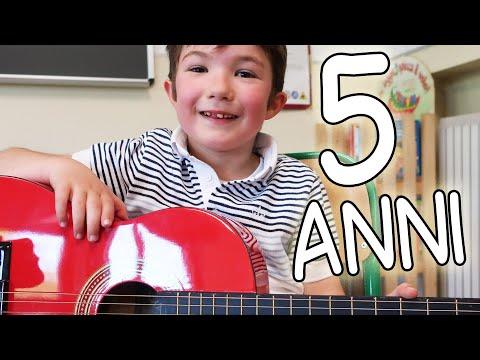👦🎸 Chitarra a 5 anni - Il primo libro per insegnare la chitarra ai bambini piccoli!