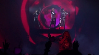 2NE1 - 'MTBD' + 'SCREAM' LIVE PERFORMANCES