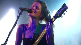 Hinds - Spanish Bombs (The Clash) Live Manchester Academy 3 13-11-18