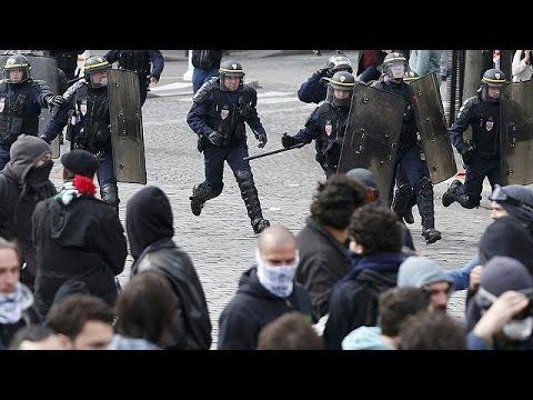 Γαλλία: Συνεχίζονται οι κινητοποιήσεις για την εργασιακή μεταρρύθμιση