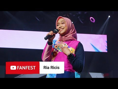 Download Ria Ricis @ YouTube FanFest Jakarta 2018 HD Mp4 3GP Video and MP3