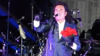 Industria Del Amor - Rosas Rojas y Rey De Oros - en vivo