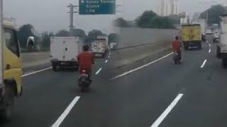 Viral Video Pemotor Masuk Jalan Tol dan Tak Mengenakan Helm, Begini Tanggapan Polisi