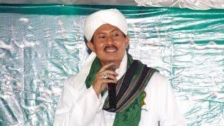 KH Syeih Misbahul Anam Attijany Nuzulul Quran Di Masjid Fathullah UIN Syarif Hidayatullah Jakarta