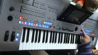 How does playing keyboard work?