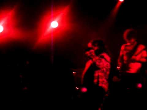 Massacre - Cae el muro (16/12/2010)
