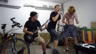 Video Neživý - klip z garáže - zkušebny
