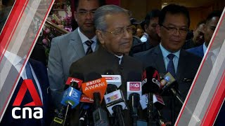 Mahathir has made it quite clear he doesn't think Anwar is right person to lead Malaysia: Analyst