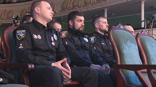 Житомирські копи у філармонії відсвяткували річницю створення патрульної поліції