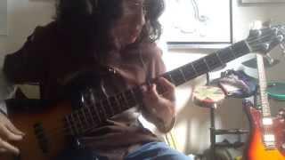 Arctic Monkeys - Choo Choo - Bass Cover
