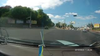 Женщина под кайфом несколько километров ехала по встречке: в ее машине были дети
