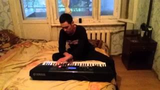 Узбек круто играет и спел