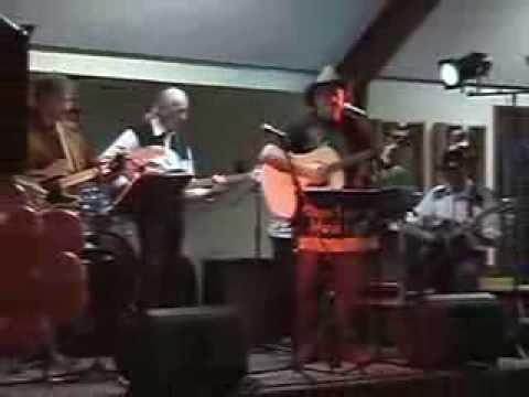 DVD Gerry Broderick sings: Red River Valley / Tom Dooley / Sing me Back Home / Maple on the Hill.