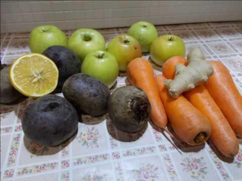 """сок """"панацея"""" из свеклы, моркови и яблок с добавлением имбиря"""