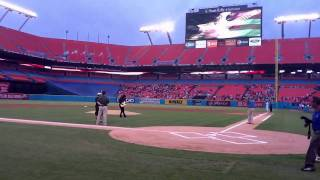 Yngwie Malmsteen Rocks The National Anthem At Marlins Super