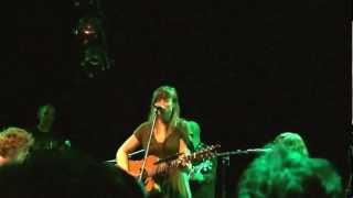 Renee Sys & Isbells live - Dum Dum Dum