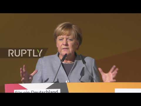 Germany: AfD and NPD protesters attempt disrupting Merkel's Trier rally with whistles