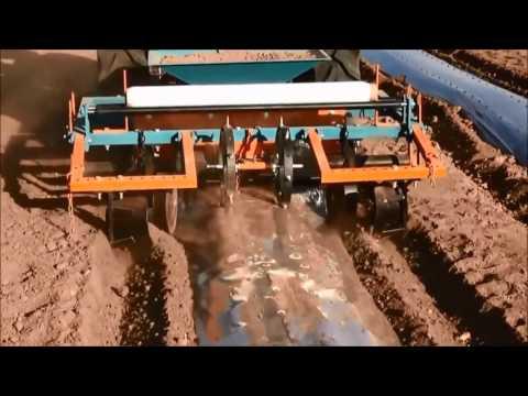 Plastic Mulch Laying Machine