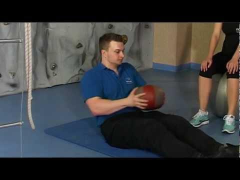 Ćwiczenia z hantlami dla mięśni ramion dokręcania
