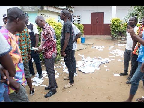 <a href='https://www.akody.com/cote-divoire/news/cote-d-ivoire-elections-regionales-ouverture-des-centres-de-votes-a-abidjan-des-incidents-et-echauffourees-constates-318493'>C&ocirc;te d&rsquo;Ivoire : Elections r&eacute;gionales, ouverture des centres de votes &agrave; Abidjan, des incidents et &eacute;chauffour&eacute;es constat&eacute;s</a>