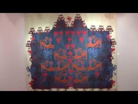 Várnegyed Galéria - Visszatérő ösvények - video preview image