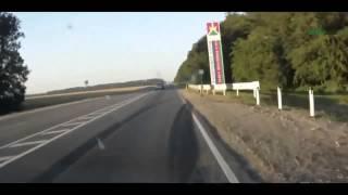 Смотреть онлайн Подборка: Водители уезжают с места ДТП